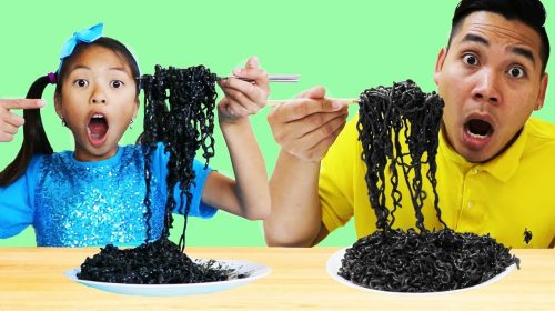 Wendy Pretend Play Wants to Eat Black Noodles 500x280 - Wendy Pretend Play Wants to Eat Black Noodles
